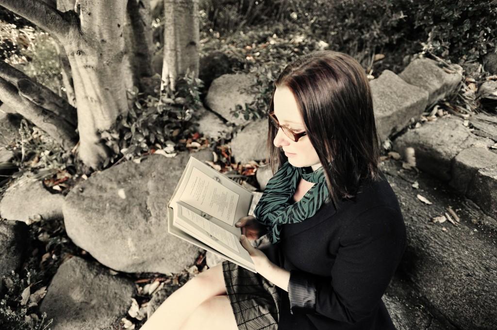 author Eva Hamori