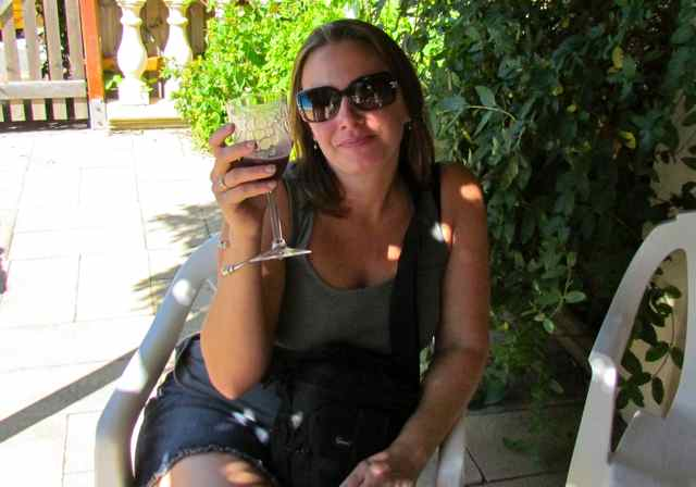house hunters international - Lucky in the languedoc Eva Hamori