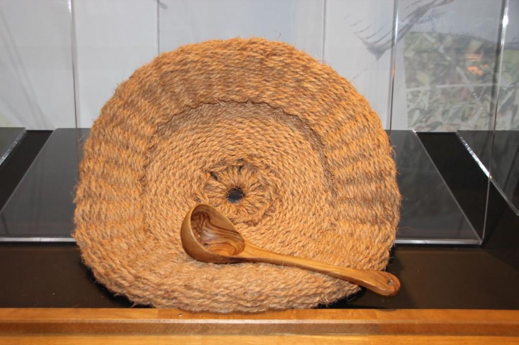 Natural mesh, traditional method