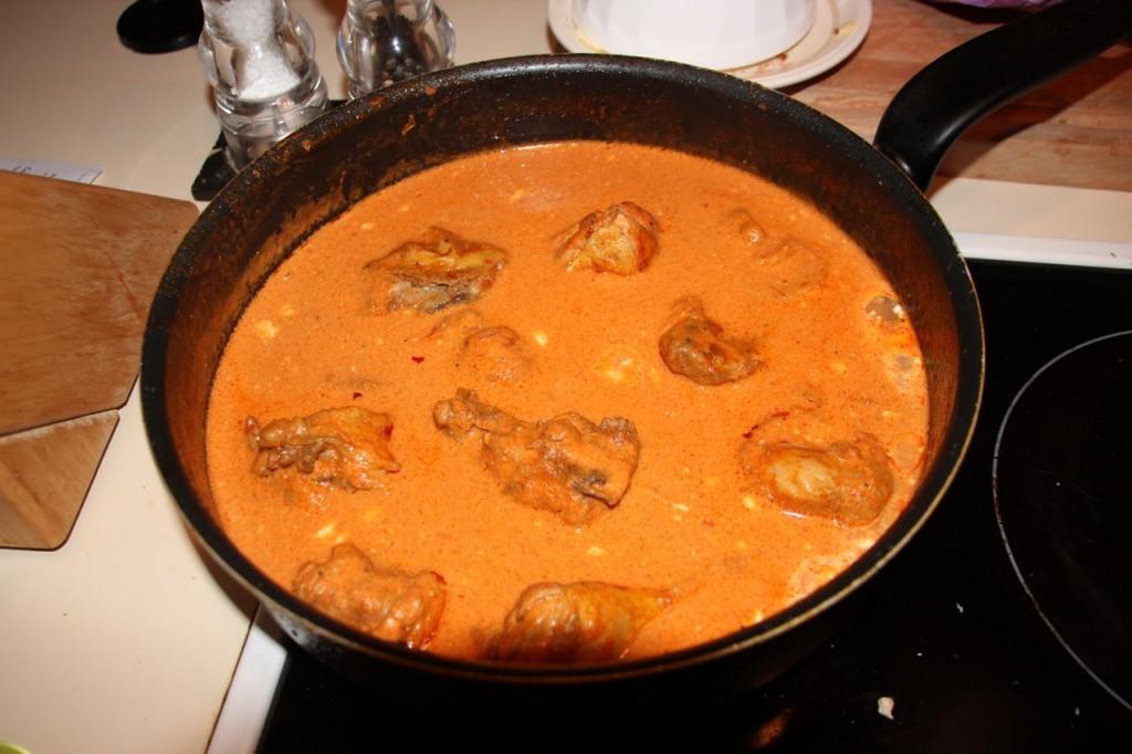 Stewed chicken in Paprikas sauce