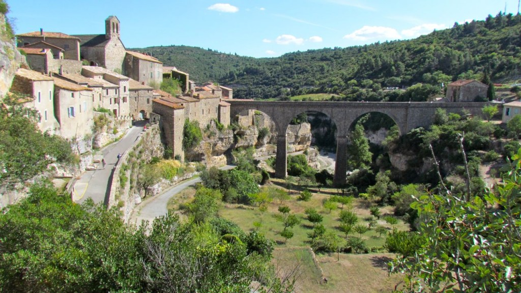 visit Minerve and have lunch up top and enjoy the view