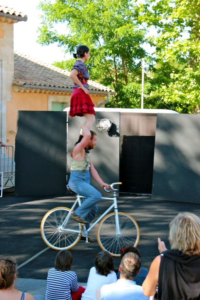More free entertainment for the kids Capestang (escale en canal - Lirou)