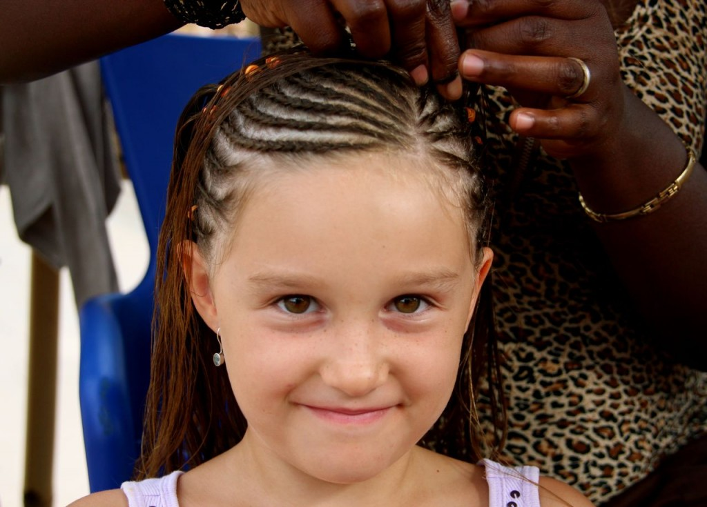 Angelina gets African braids
