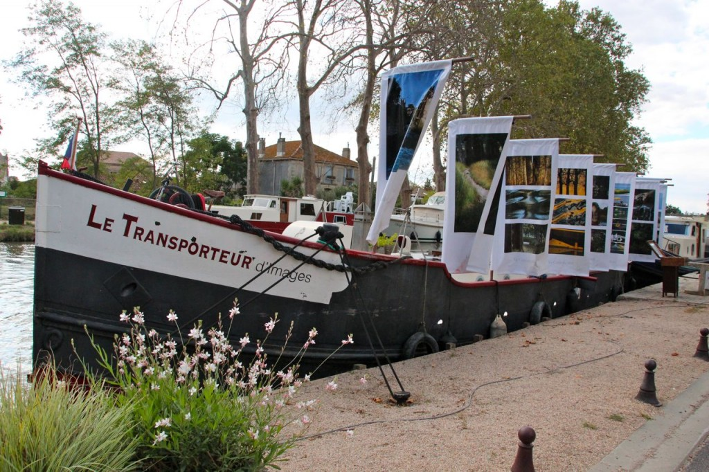 Le Transporteur parked on the Capestang port