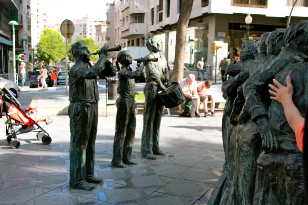 Tarragona Monument Statue