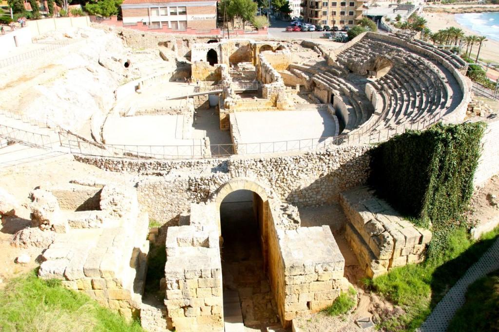 Roman ruins throughout Tarragona