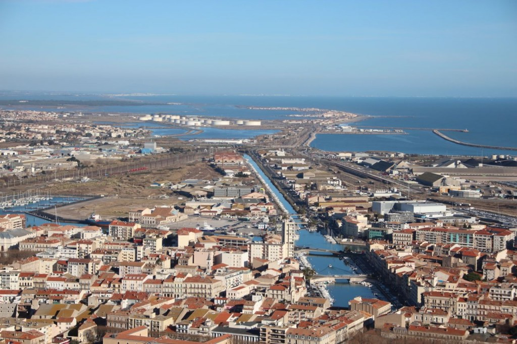The Channel in Sete