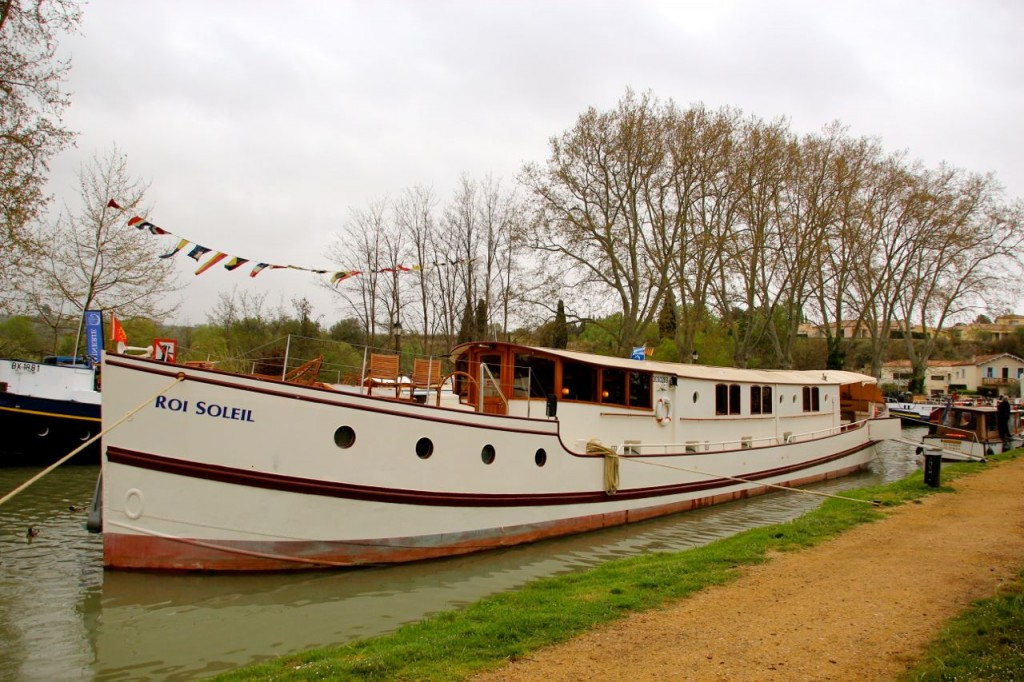 Pilot driven fully catered holidays Canal du Midi
