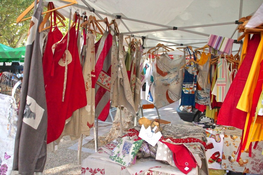 farmers market handmade aprons