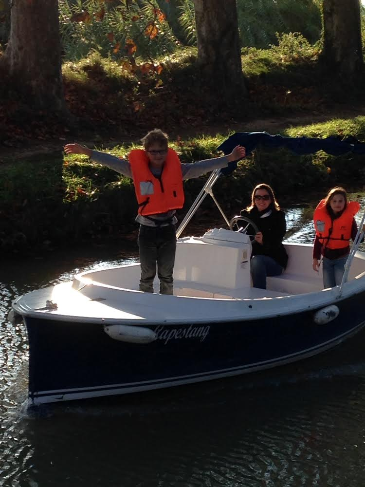 The Hamori's help out with filming from the water, boat donated by Neil, Port captain