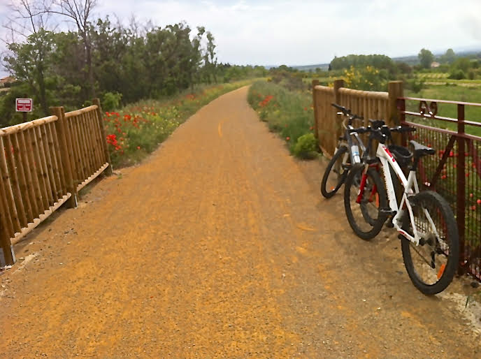 Cycling path Capestang - Cruzy