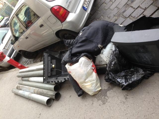 trash day budapest